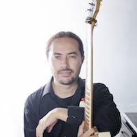 Cours de Guitare, Solfège, Composition Musicale, Espagnol à Liège, Belgium