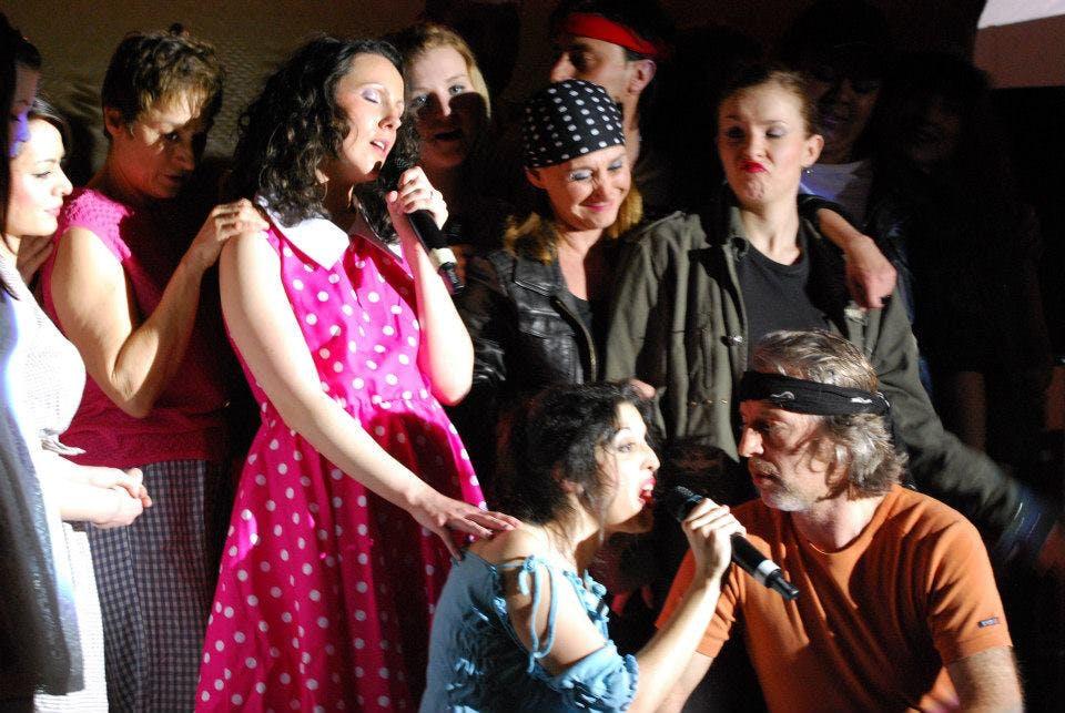Chant dans stage comédie musicale groupe
