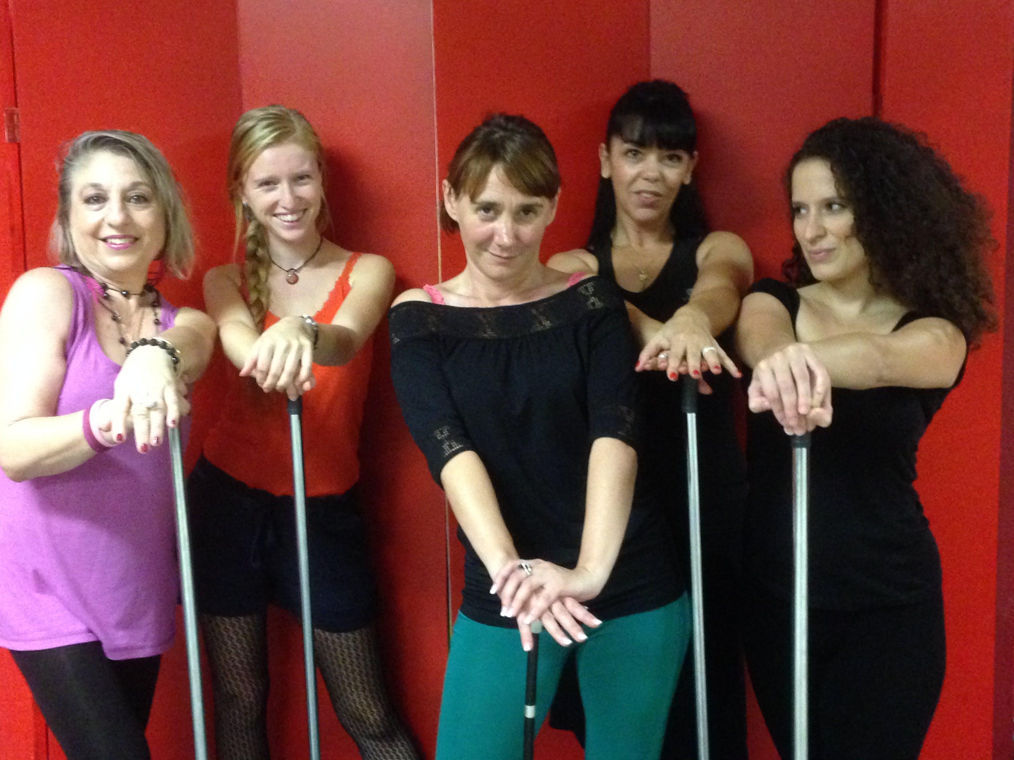 Equipe atelier crazy girls cabaret