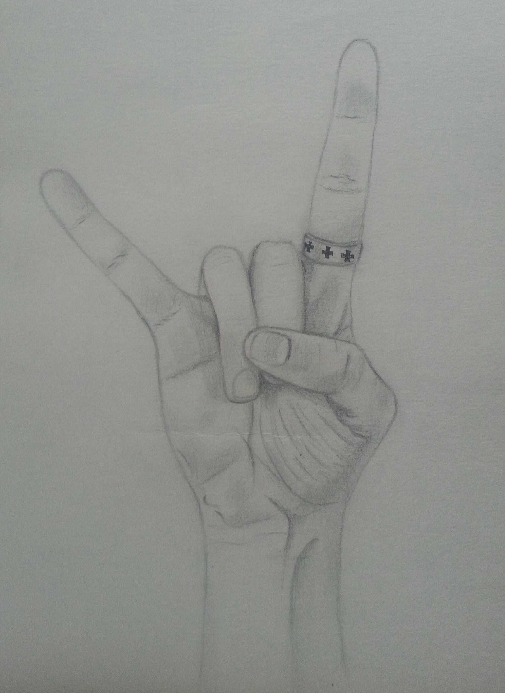 Dessin en nuance de gris de ma main.